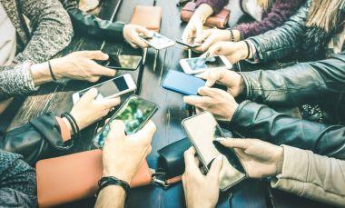 Handy-Displays werden immer größer