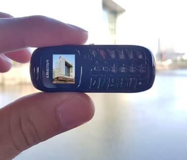 0,66 Zoll – Das kleinste Handy-Display der Welt