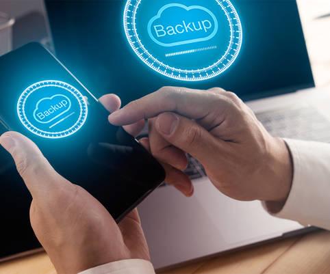 Dateien & Dokumente löschen – vorher unbedingt ein Backup von den alten Handy-Daten erstellen