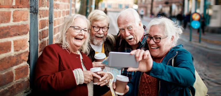 Seniorenhandy: Samsung Smartphones für ältere Menschen