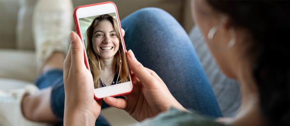 Social Distancing: So bleibst du trotz Corona in Kontakt