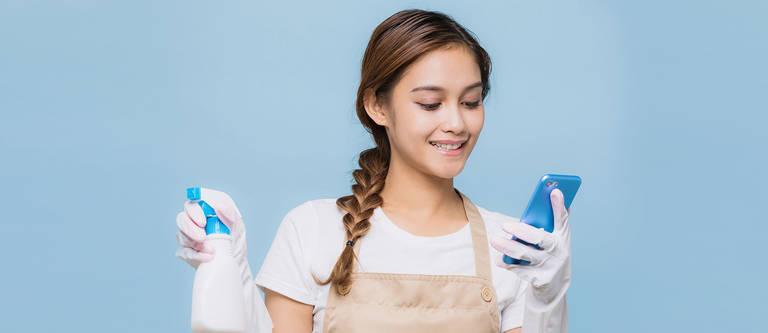 Handy reinigen – so schützt du das Display vor Keimen