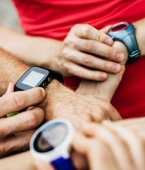Smartwatch, Fitness Armband oder Pulsuhr – welches Wearable passt zu dir?